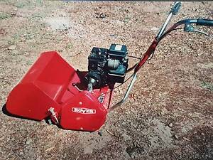 AS NEW Rover Bowling Green 45 Reel Mower Niangala Walcha Area Preview