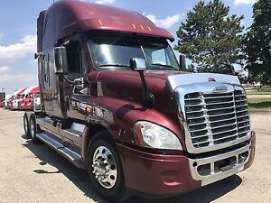 2013 freightliner Cascadia   dd15 engine 13 speed transmission