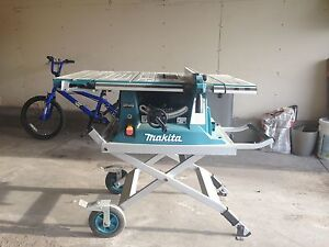 Brand new Table Saw with Stand