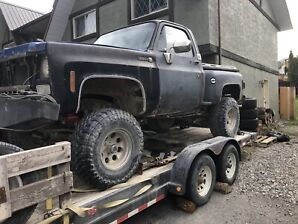 1975 chev on 35's 9 inch lift!