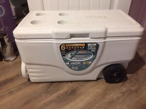 Marine 72 can cooler