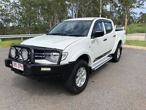 2014 Mitsubishi Triton Glx (4x4) 5 Sp Manual 4x4 Double C/chas