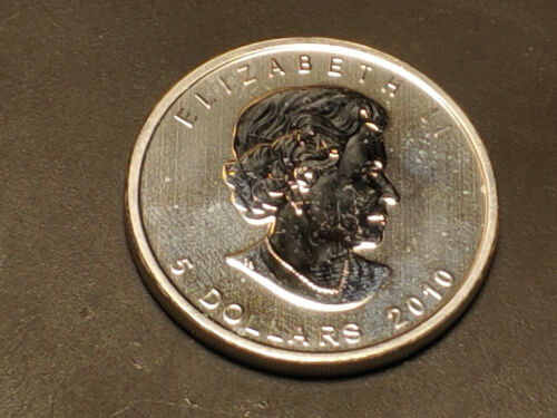 2010 Canada Maple Leaf 1oz Fine .9999 Silver $5