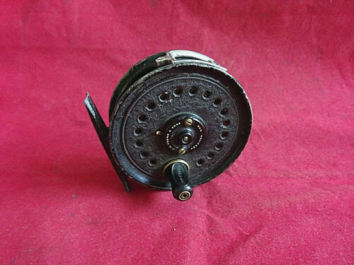 """A NICE EARLY VINTAGE J W YOUNGS BEAUDEX 3"""" TROUT FLY REEL + LINE (POSSIBLY SILK)"""