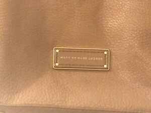 Marc Jacobs Purse Authentic
