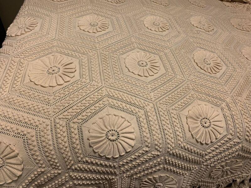Vtg Ecru Cotton Large Hand Crochet Popcorn Bedspread Coverlet Queen/King Ivory