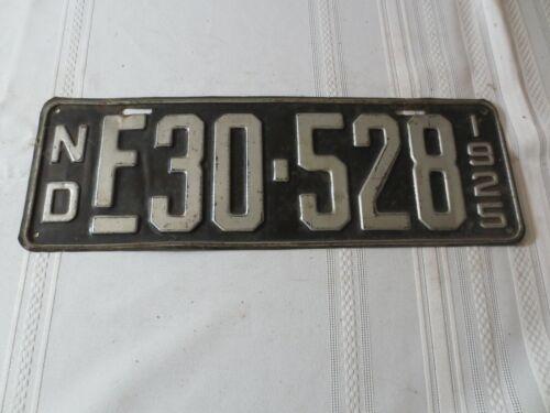 1925 NORTH DAKOTA LICENSE PLATE F-30-528