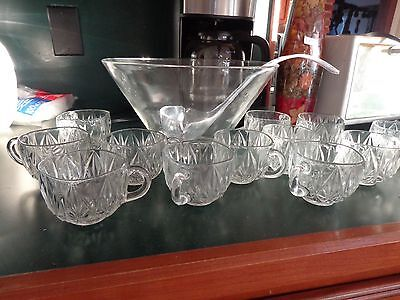VITAGE Glass Punch Bowl Plastic Ladle and 12 Glass Cups - Plastic Punch Cups