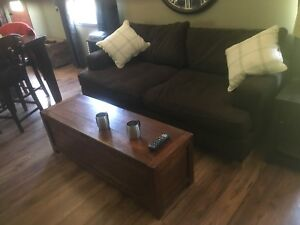 Brown couch Reside Furnishing