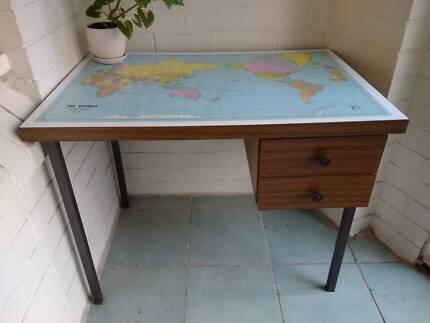 Retro world map desk with ikea chair desks gumtree australia the world map student desk gumiabroncs Choice Image