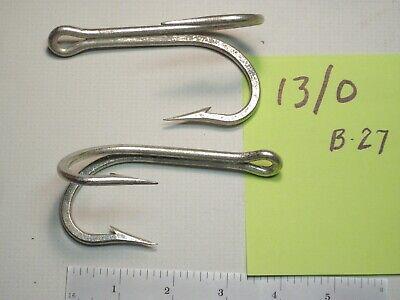 Pick Mustad Hook 60 Degree 2X Strong Wide Bend Flipping Jig 32824NP-BN