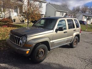 2006 Jeep Liberty DIESEL LIMITED 1800$ NEGO 4x4