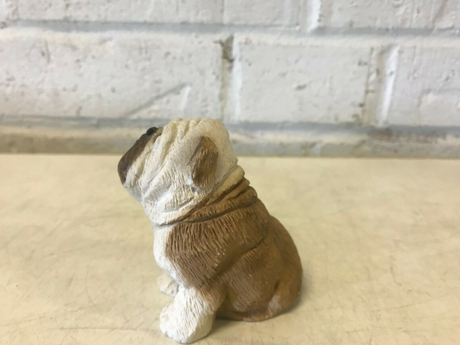 Pierre critters bulldog anglais figurine assis sc 022 1984 united design