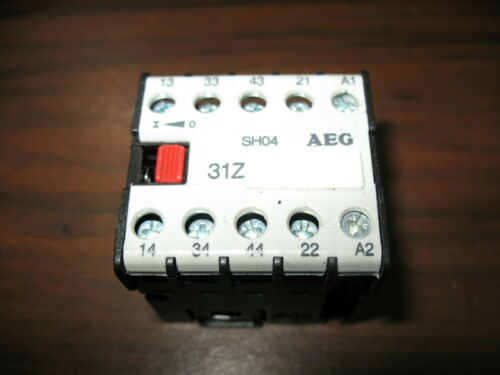 AEG SH04 31Z Mini Contactor with 120 VAC Coil