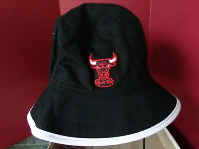VINTAGE NBA Chicago Bulls Bucket Hat HARDWOOD CLASSIC L Black w/WHITE New Era