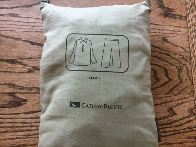 Cathay Pacific Vintage First Class Pajamas Size L Sealed in Bag