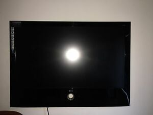 LG TV not much use very good condition 3-D very cheap price 110 cm Wakerley Brisbane South East Preview