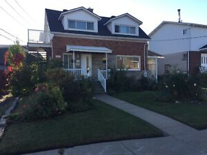 3 1/2 Upper duplex Chomedey - Cozy with Private Entrance