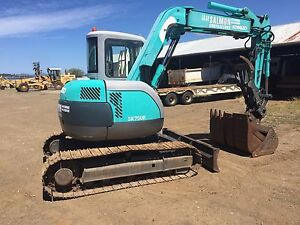 Kobelco 7.5t excavator Orford Glamorgan Area Preview
