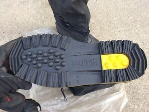 Baffin winter boots men's 7, NEW Driller 100GELSTP Edmonton Edmonton Area image 3
