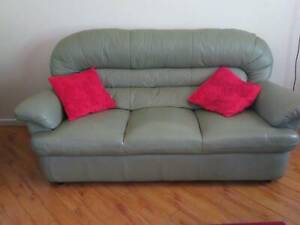 Magnificent 3 Seater Lounge Sofas Gumtree Australia Townsville City Alphanode Cool Chair Designs And Ideas Alphanodeonline