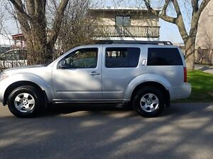 2012 Nissan Pathfinder S 4X4,P.group,well Maintained,Certified$1