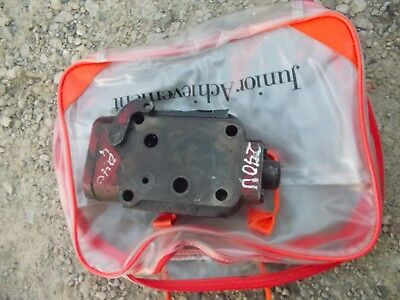 International 240 Utility Tractor Ih Hydraulic Control Valve For Rear Lines