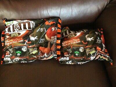 M&m Halloween Packs (M & M's Milk Chocolate Glow In The Dark Trick-or-Treat Packs* 17oz 2 Bags)