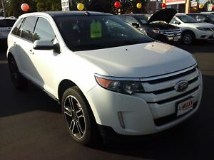 2014 FORD EDGE SEL- PANORAMIC SUNROOF, NAVIGATION SYSTEM, REAR V