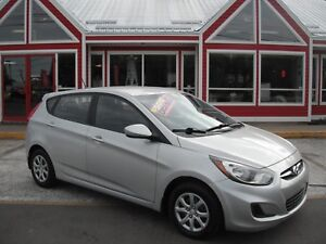 2012 Hyundai Accent 6SPEED GAS SAVER MP3/USB!! AIR CRUISE PW PL
