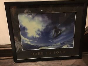 Snowboarding picture frame