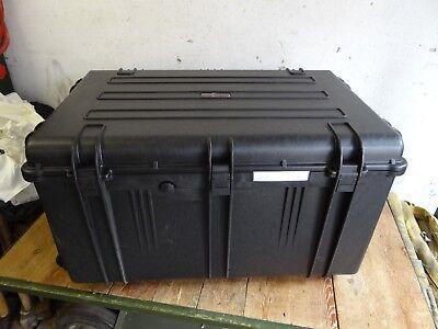 EXPLORER CASE TYP 7641 85x58x46cm Trolli Taucherkiste Reisekiste Wasserdicht NEU