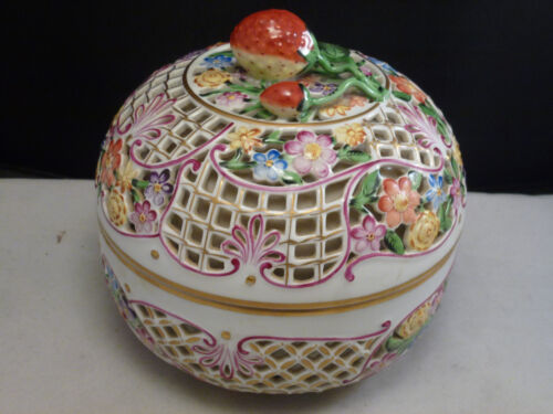 antique HEREND Hungary Pierced sold Reticulated Strawberry Top Bon Bon Box Bowl