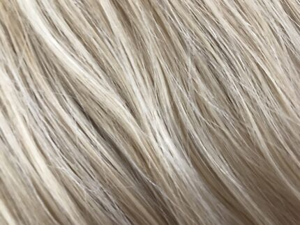 European hair extensions 82 Grams blonde