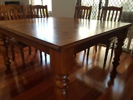 Solid table free delivery metro  area North Plympton West Torrens Area Preview