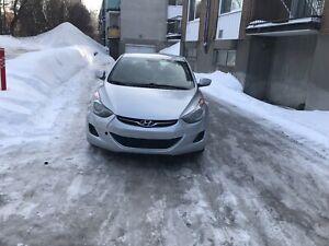 Hyundai Elantra. NOUVEAU MOTEUR