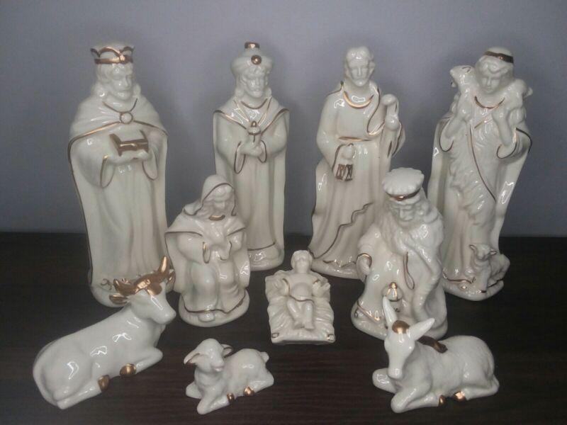 10 Piece Porcelain Nativity Set White with Gold Trim Accents