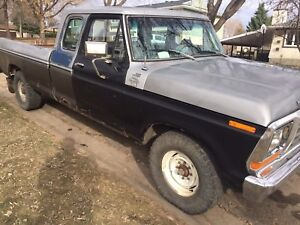 1979 Ford F-250 lariat 460 2wd
