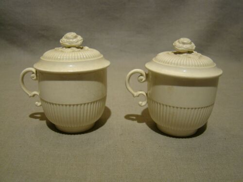 Rare Pair of 18th Century Wedgwood Rose Finial Creamware Covered Cups 1760-1800