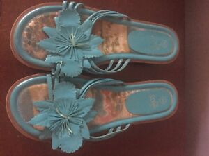 Turquoise flower flat sandals