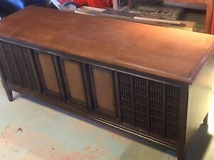 Phillips vinyl record player cabinet