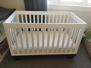 BABYLETTO MODO 3 IN 1 CONVERTIBLE CRIB