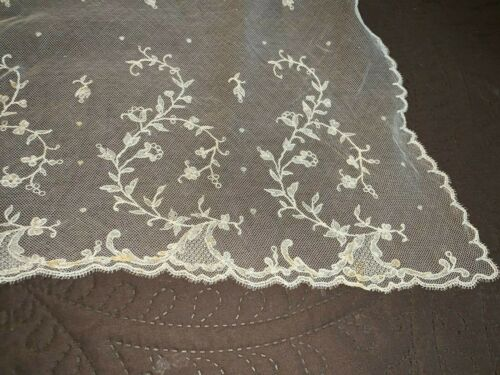 Early Antique Handmade Off White Limerick Lace Shawl