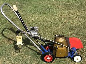VICTA PETROL LAWN EDGER PROFESSIONAL IN VERY GOOD WORKING CONDITION Bass Hill Bankstown Area Preview