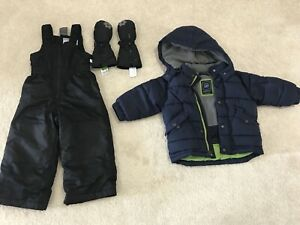 2 years old boy Snow suit in excellent condition