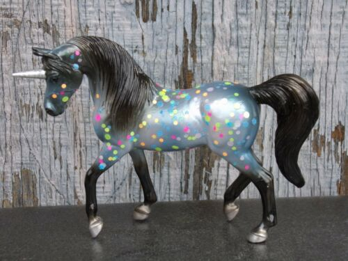 Breyer Horse model Stablemate cm from blind bag + help feed rescued animals