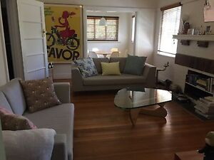 Spacious fully furnished 2 bedroom apartment in great location St Kilda East Glen Eira Area Preview