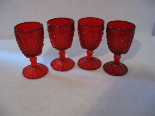 LG Wright Daisy & Button Goblets  Red Set of 4