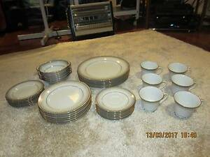 Noritake Contemporary 36 Piece Dinner Set Cardiff South Lake Macquarie Area Preview