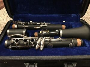 Beginner Clarinet - Like New!